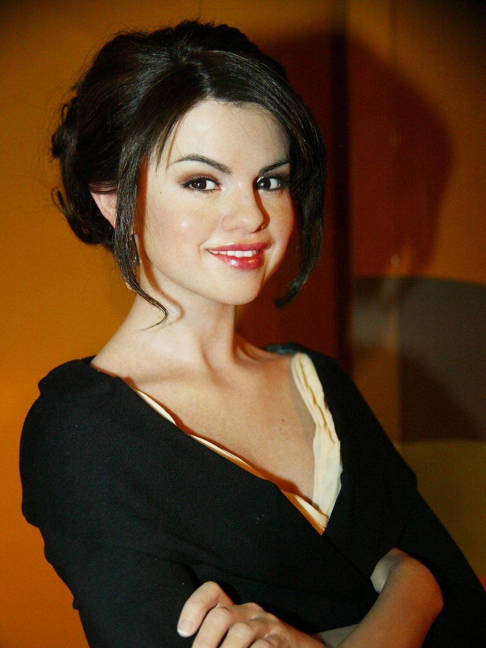Selena Gomez Sexy Wallpapers  Gotsohot-9358